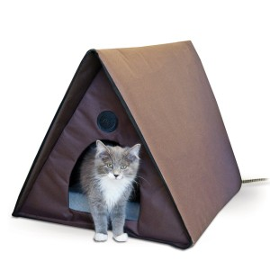 K&H Manufacturing Outdoor Multi-Kitty A-Frame - Chocolate 35 X 20.5 X 20 (Heated or Unheated)